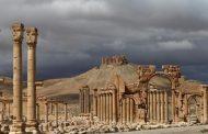 هولاند عينه على آثار سورية والعراق