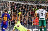 برشلونة يعزز صدارته للدوري الإسباني بفوز ساحق على إيبار