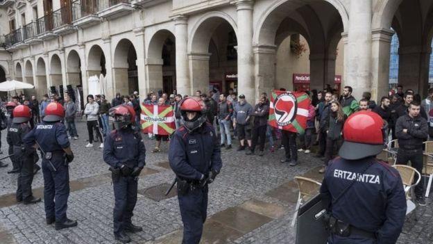 الكتالونيون يسعون للانفصال رغم ضغوط مدريد