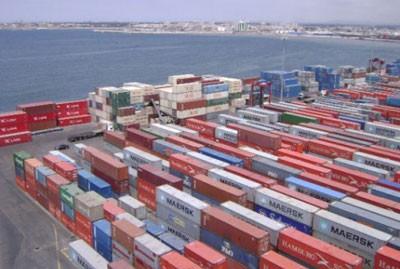 اتحاد المصدرين يعلن ان الصادرات السورية بلغت 400 مليون دولار في الظل … و140 مليون رسميا
