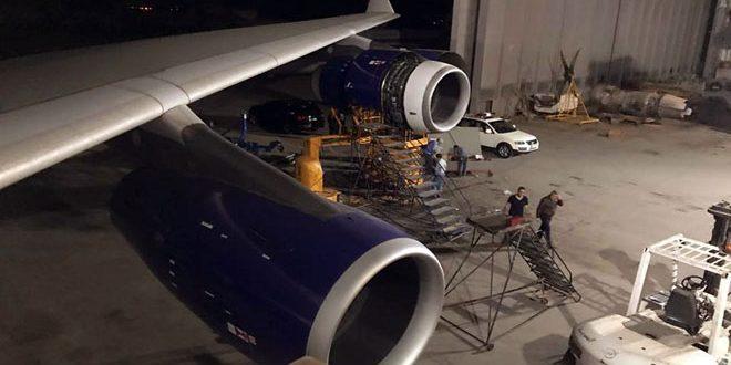 كوادر وطنية تنجز صيانة طائرة مدنية