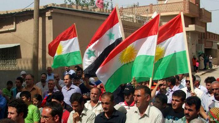 * الأكراد في سورية هم سوريون بالمواطنه لا بالاصالة ولا يحق لهم المطالبة بأي شبر والانفصال عن سورية ....*