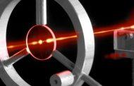 الفيزيائيون على وشك تحقيق المستحيل بتحويل الضوء الى مادة