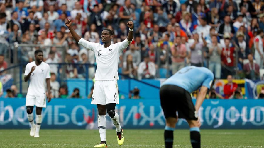 فرنسا تتأهل إلى نصف نهائي كأس العالم بعد تغلبها على الأورغواي
