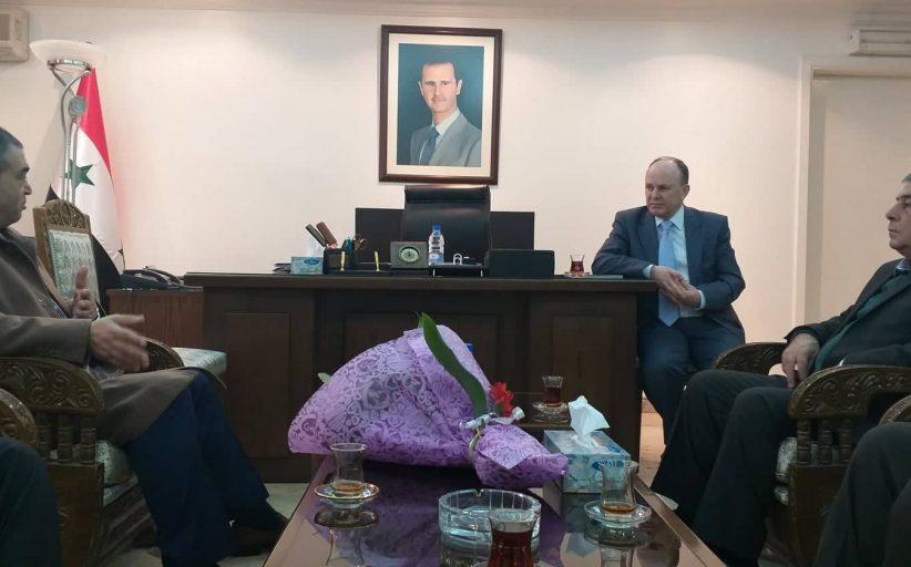 وزير التعليم العالي يثني على أداء ومنهجية تجمع سورية الأم