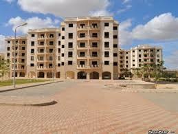 «الإسكان» تطلب من المصارف مقترحات لتمويل بناء 100 ألف شقة