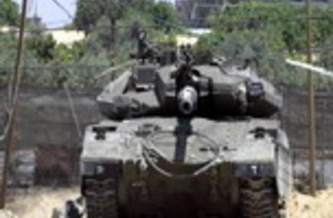 القوات الإسرائيلية تقتل نشطا من حماس على حدود غزة