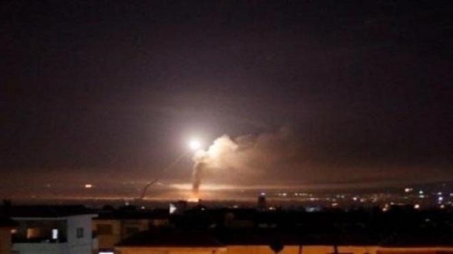 التلفزيون السوري: إسرائيل قصفت منطقة استراتيجية في جنوب البلاد