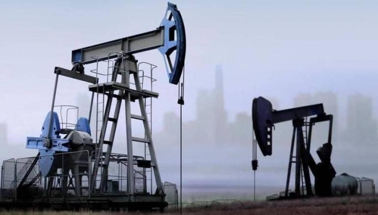 النفط يتراجع في ظل مخاوف جديدة بشأن آفاق اتفاق التجارة بين أمريكا والصين