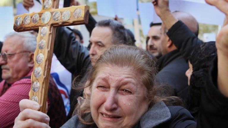 """مسيحيو العراق يلغون احتفالات رأس السنة """"احتراما"""" لضحايا الاحتجاجات"""