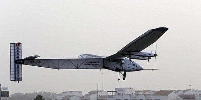 طائرة شمسية تنهي جولة عالمية وتظهر إمكانية الطاقة المتجددة