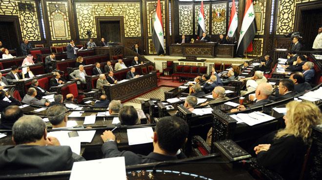 مجلس الشعب يصادق على العقد الموقع بين سورية وإيران بخصوص الاستفادة والاستثمار في مناجم الفوسفات في تدمر
