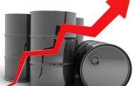 النفط يصعد 3% بدعم من بيانات الوظائف في أمريكا وعقوبات فنزويلا