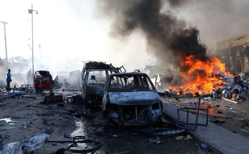 إيران تنفي أي صلة لها بهجوم الحوثيين بطائرات مسيرة على منشآت نفطية سعودية