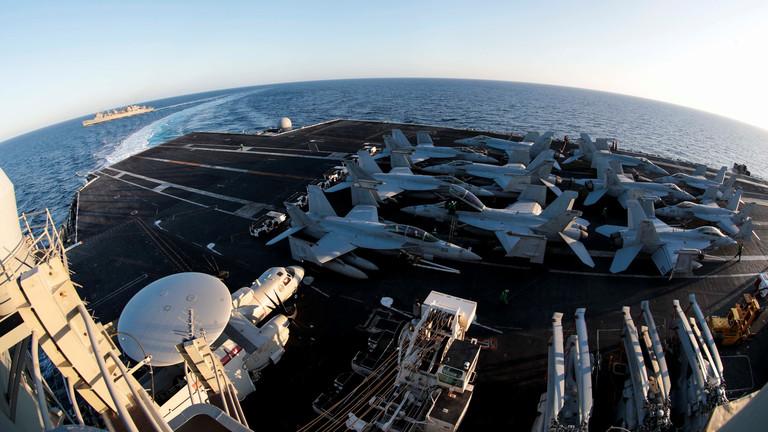 معلومات استخباراتية: خطط إيرانية لاستهداف القوات الأمريكية في الشرق الأوسط برا وبحرا