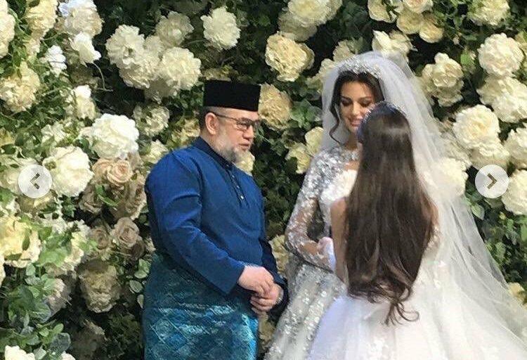زواج ملك ماليزيا السابق محمد الخامس وملكة جمال موسكو السابقة ينتهي طلاقا بالثلاثة!