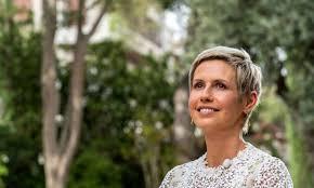 عقيلة الرئيس تعلن شفاءها التام: انتصرت على السرطان بالكامل