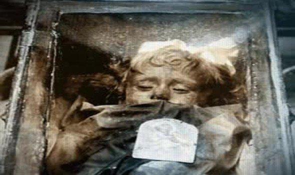 مومياء حنطها والدها عام 1920 تستيقظ كل يوم